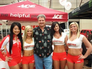 Jim Weaver with the Hooters Girls